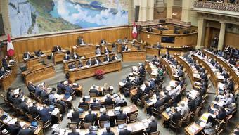 Postauto-Affäre oder Hochseeflotte: Das Parlament steht staunend da und weiss von nichts. (Im Bild: der Nationalrat)