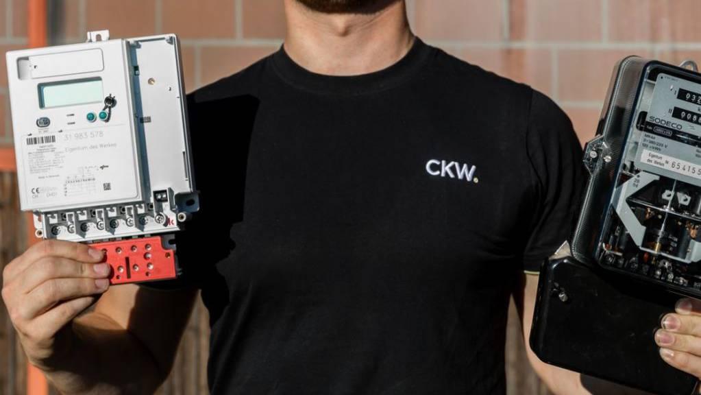 Die herkömmlichen Stromzähler werden von der CKW durch intelligente ersetzt.