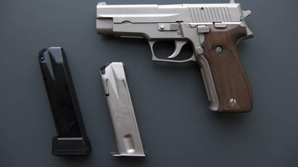Soll wirklich jeder eine Waffe in der Öffentlichkeit tragen dürfen?