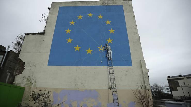 Dieses Bild von Graffitikünstler Banksy in der südenglischen Stadt Dover ist offenbar verschwunden. (Archivbild)