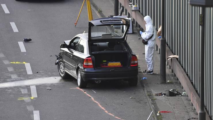 In einem schwarzen Opel Astra setzte ein 30-jähriger Mann aus dem Irak im Feierabendverkehr auf der Berliner Stadtautobahn zu einer Amokfahrt an.