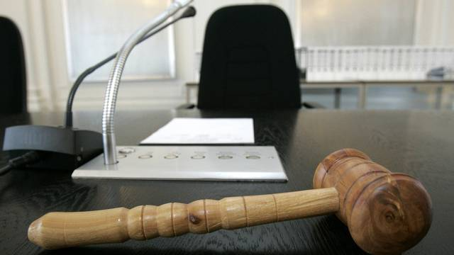 Das Landgericht blieb mit seinen Strafen unter dem Antrag des Staatsanwaltes (Symbolbild)