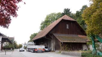 Mit dem Trottoirbau vor dem Gebäude rechts werden viele Anpassungen nötig, die der Kanton übernehmen muss.