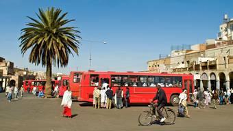 Eritrea: Was passiert im noch jungen Land am Horn von Afrika hinter den Fassaden, abseits der Hauptstrassen mit dem Flair von Italianità?