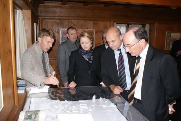 Um für die Chance Gubrist zu werben, reiste eine Weininger Delegation 2009 nach Bern