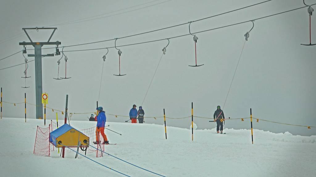 Ein letztes Mal Skifahren vor der Sommersaison