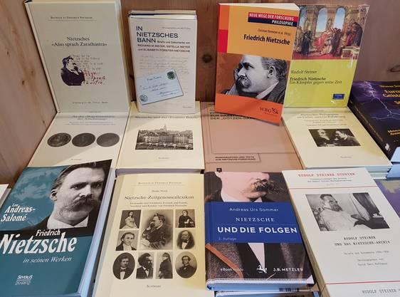 Die Literatur zu Nietzsche ist schier unüberblickbar und wächst jährlich weiter.