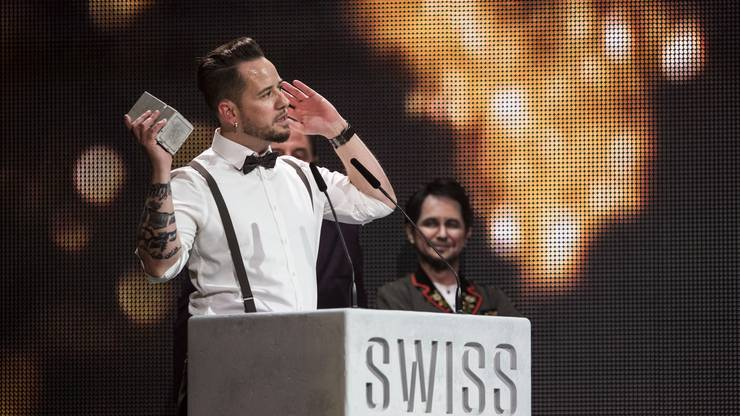 """Best Male Solo Act: Trauffer. Mundart-Popsänger räumte auch in der Kategorie bestes Album ab (""""Heiterefahne"""")."""