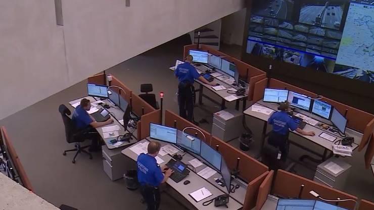 Die Einsatzleitzentrale in Aarau. Hier wird entschieden, wer zur Rettung aufgeboten wird.