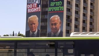 Der israelische Regierungschef Netanjahu will nach einem Medienbericht im Fall von Annexionen im Westjordanland zunächst mit drei Siedlungsblöcken beginnen. Foto: Oded Balilty/AP/dpa