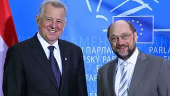 Die EU verstärkt den Druck auf Ungarn