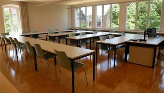 KV-Schule Lenzburg Reinach verkauft ihre Möbel