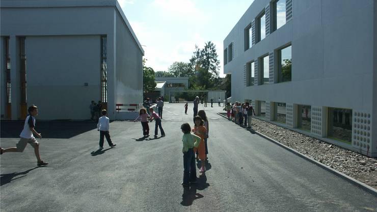 Seit 2005 beurteilt der Kanton die Qualität der Volksschulen alle fünf Jahre. Nun war Dietikon an der Reihe. Im Bild: die Schule Steinmürli.