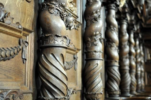 Bernini Säulen, geschnitzt vom Murianer Künstler Simon Bachmann