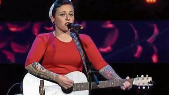 Nur sie und ihre Gitarre: Mary Vogel aus Dürrenäsch. Daniela und Michael Heiniger sind das erste Geschwister-Duo.