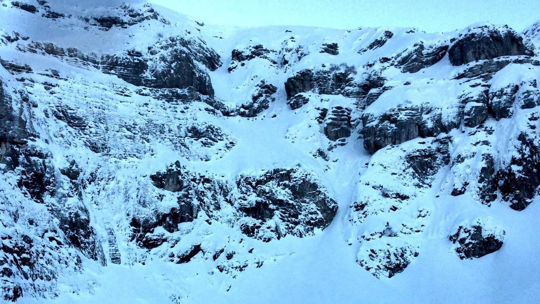 Der Mann stürzte am Chäserrugg 150 Meter tief eine Felswand hinunter.