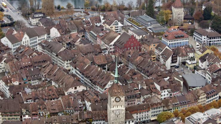 In Aarau, stellen die Postulanten ernüchtert fest, betreibe die Eniwa Glasfaserverbindung für die eigenen Bedürfnisse. (Archivbild)