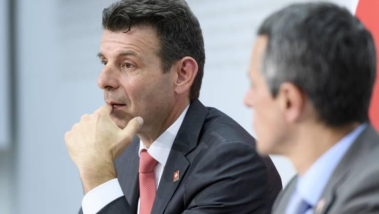 In der Sackgasse Staatssekretär Roberto Balzaretti (links) und Aussenminister Ignazio Cassis.