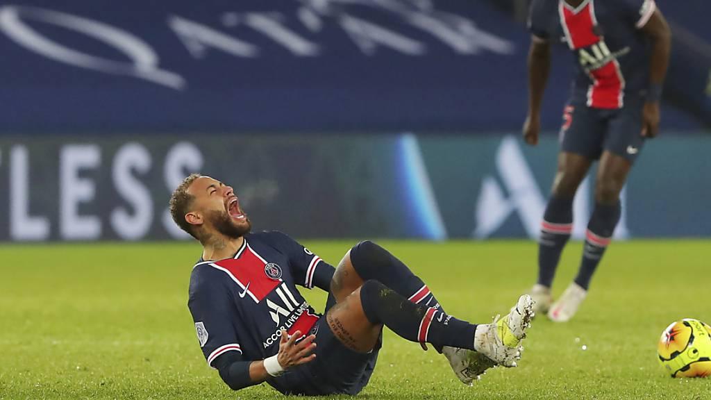 Neymar verletzte sich bei der PSG-Niederlage gegen Lyon am Knöchel
