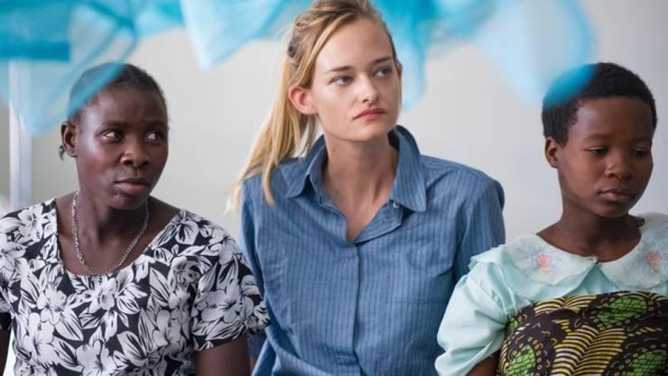 Nadine Strittmatter hat ein Spital in Tansania besucht: Mit einer Diashow will das Model nun Geld für eine bessere medizinische Versorgung sammeln