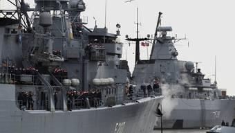 """Schiffe der EU-Mission """"Atalanta"""" gehen gegen die Piraterie im Golf von Aden vor (Archiv)"""