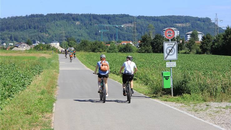 Insgesamt 46 Einsprachen sind eingegangen gegen die geplanten Verkehrs- und Signalisationsanpassungen auf der Büntefeldstrasse. Das Bild entstand am diesjährigen slowUp Brugg Regio.