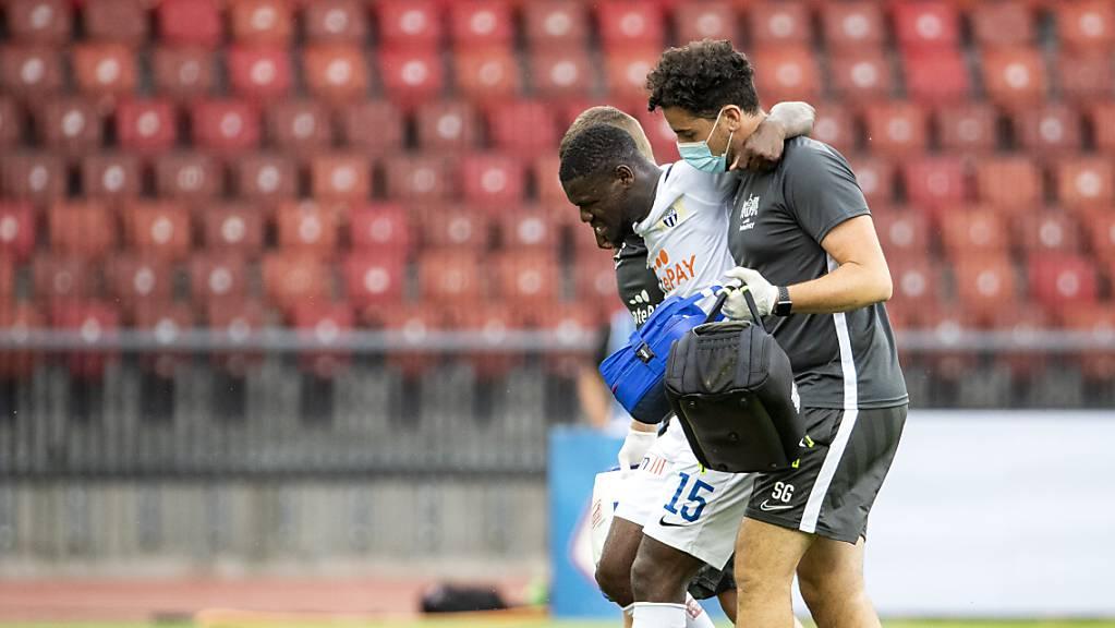 Aiyegun Tosin zog sich in der Partie Ende Juni gegen Lugano eine Knieverletzung zu und musste ausgewechselt werden.