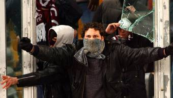 Den Fans aus Lugano sei zuerst der Zutritt zum Stadion verwehrt und der Fancar durchsucht worden. (Symbolbild)