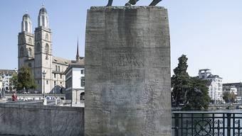 Unbekannte haben die Totentanz-Figur von Harald Naegeli weggeputzt. Die Stadt wollte diese Figur eigentlich behalten.