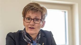 Die Baselbieter Regierung muss ihre Sparpläne beim Läufelfingerli zumindest verschieben. Es wird Kritik an Sabine Pegoraro laut.