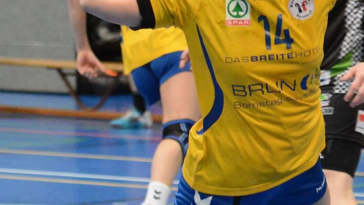 Kleines Erfolgserlebnis: Die Baslerin Timea Mezei erzielt einen ihrer insgesamt zwei Treffer. Zinke