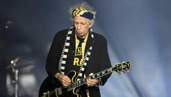 Kein Wunder rockt der fast 75-jährige Rolling-Stones-Gitarrist Keith Richards wieder wie ein 40-Jähriger - er trinkt kaum mehr. (Archivbild)