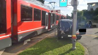 Der Autofahrer wurde nicht verletzt.