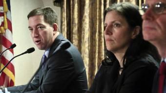 Problemlose Einreise in USA: Greenwald (l), Poitras und MacAskill