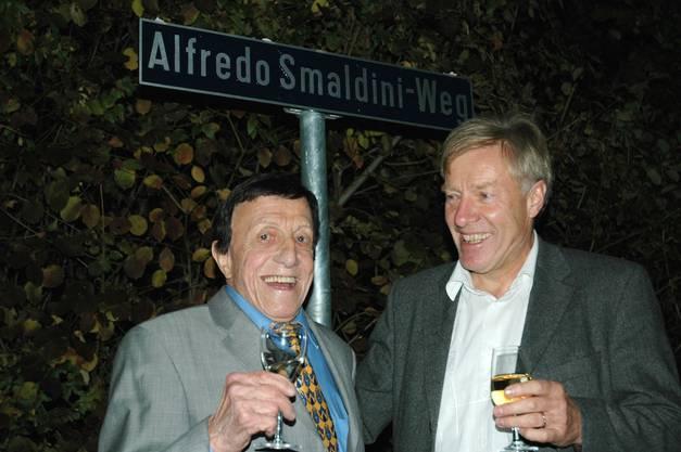Die Gemeinde Rudolfstetten benannte einen Weg nach seinem prominenten Einwohner.