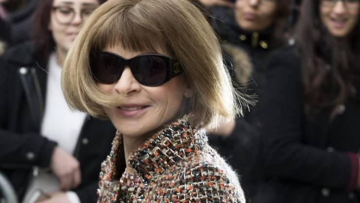 """Eine Frau, die nicht um ihren Job fürchten muss: Anna Wintour, Chefredakteurin der US-""""Vogue"""" darf auf unbegrenzte Zeit auf ihrem Posten bleiben. (Archivbild)"""