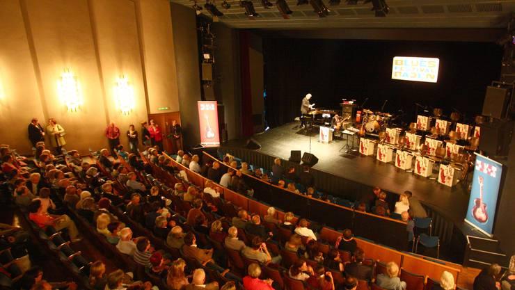 Rund 500 Besucher bevölkerten das Kurtheater Baden