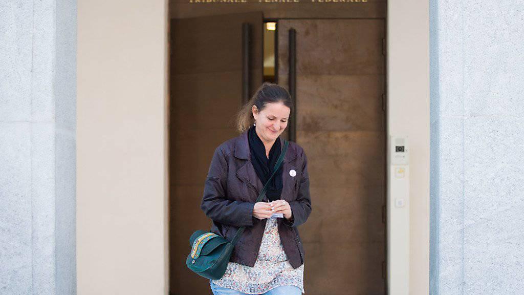 Die Angeklagte Lisa Bosia Mirra vor dem Bundesstrafgericht in Bellinzona: Die Tessiner SP-Grossrätin gesteht ihre Taten, macht dafür aber moralisch und ethische Gründe geltend.