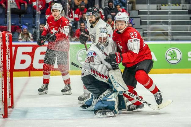 Die Schweizer schlagen Österreich mit 4:0.