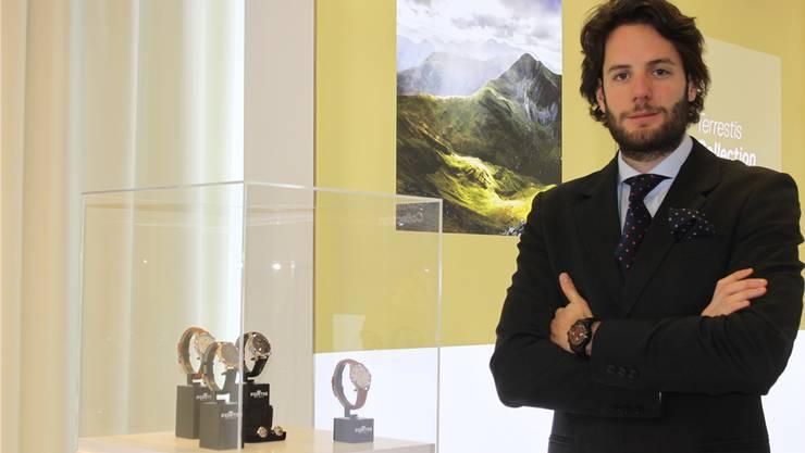 Marketingchef Max Wedel präsentiert den Fortis-Relaunch.