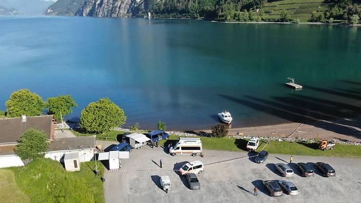 Polizeitaucher haben am Dienstag die Leiche eines 27-jährigen Schwimmers rund 300 Meter vom Ufer des Walensees entfernt geborgen.