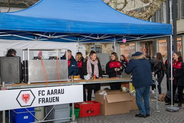 Das Raclette-Essen wurde gemeinsam mit der Organisation «We love Aarau» durchgeführt.
