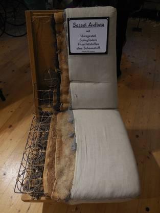 Im Querschnitt lassen sich sämtliche Bestandteile des Sessels erkennen