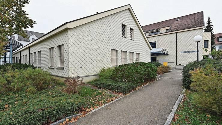 Die Gemeinde Lostorf plant, das ehemalige Postgebäude (links) zu erwerben. Die künftige Nutzung ist noch offen.
