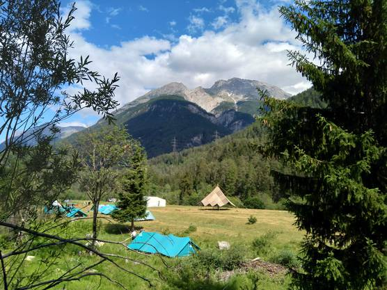 Blick auf den Lagerplatz in Parsonz (GR) - Sommerlager 2019