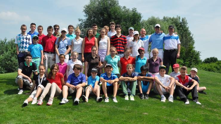 Ausgelassene Stimmung beim Wylihof-Golfnachwuchs und den Trainern