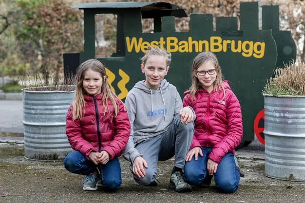 Laurin Jansen (Mitte) hatte die Idee für die Gruppe, seine Schwestern Carlijn (l.) und Anouk holte er mit an Bord.