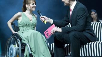 Diese Kandidatin an der Miss-Handicap-Wahl 2009 hat Spinale Muskelatrophie SMA. Heute geborene Kinder mit diesem Gendefekt könnten möglicherweise vom Rollstuhl verschont bleiben. (Archivbild)