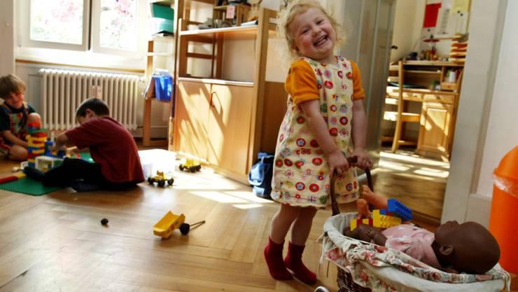 Die Zusammenarbeit der vier Gemeinden in der Kinderbetreuung soll einkommensschwachen Familien zugutekommen. (Archivbild)