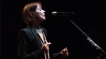 Die 57-jährige amerikanische Sängerin Suzanne Vega gilt als eine der besten Singer-Songwriterinnen.
